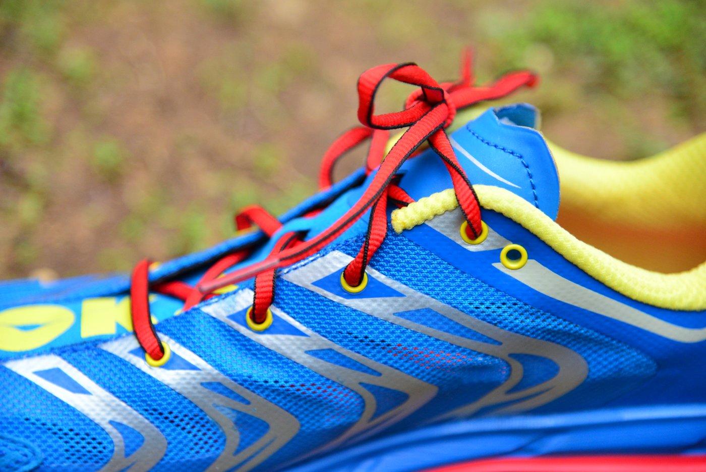 נעל ריצה של הוקה