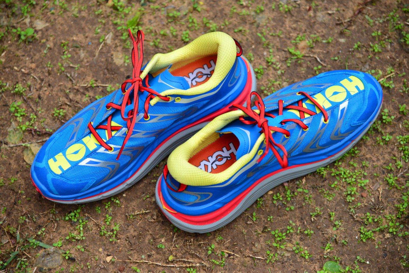 מבחן לנעלי Hoka Speedgoat