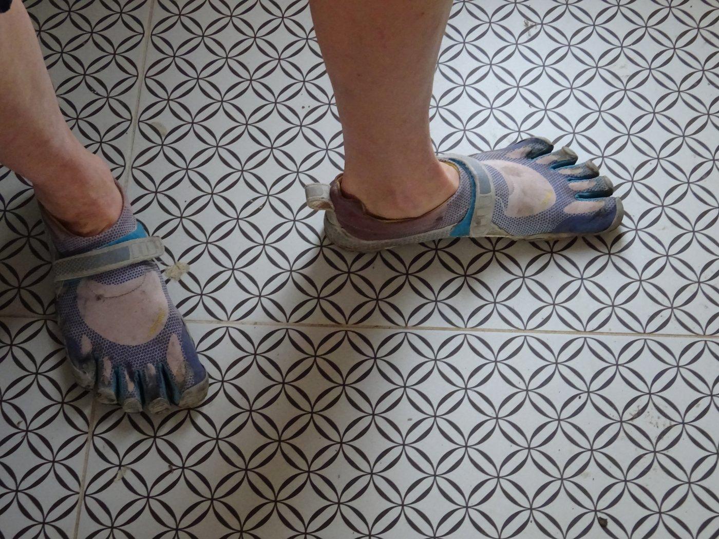 נעלי ריצה מינימליסטיות - Vibram Five Fingers