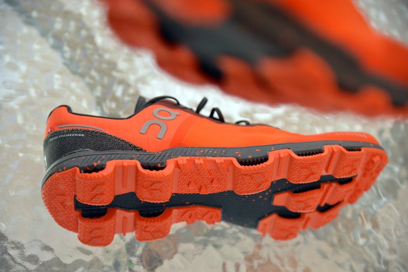 און קלאוד - נעל ריצה ורסטילית