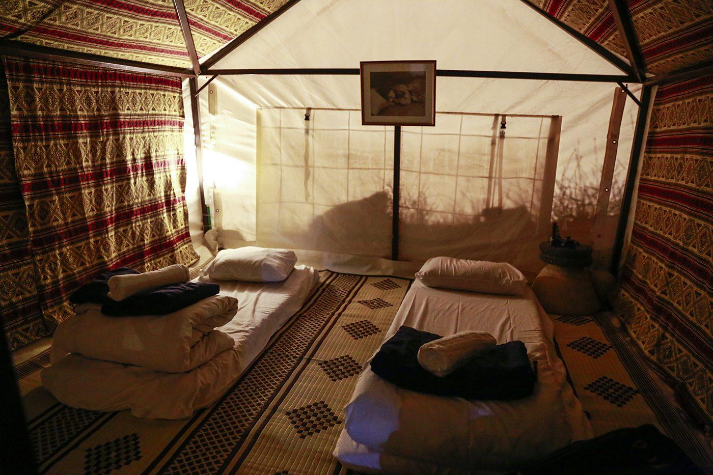 אוהל בחאן ארץ המרדפים