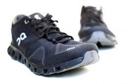 נעל ריצה רחבה