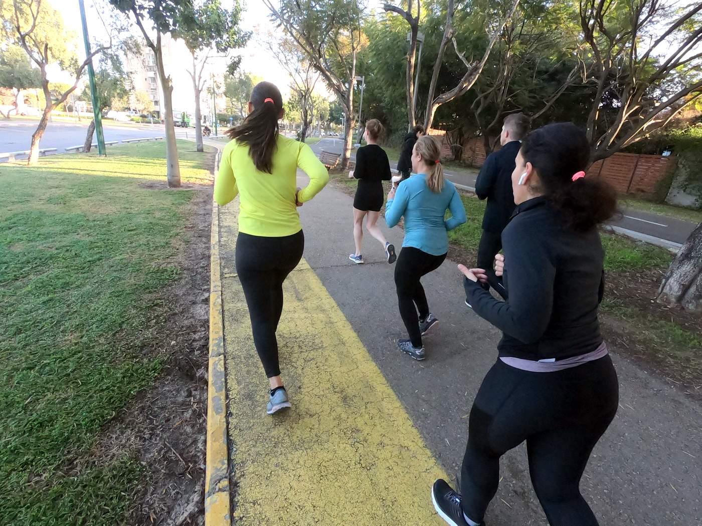 אימון יוגה לפני ריצה