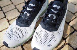 קלאוד בום נעלי ריצה