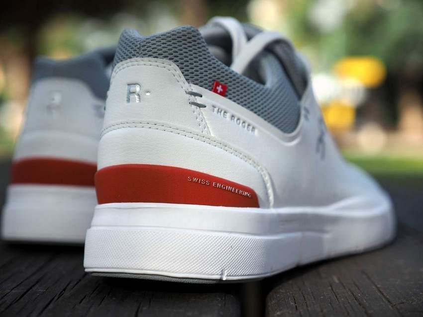 נעליים גברים On