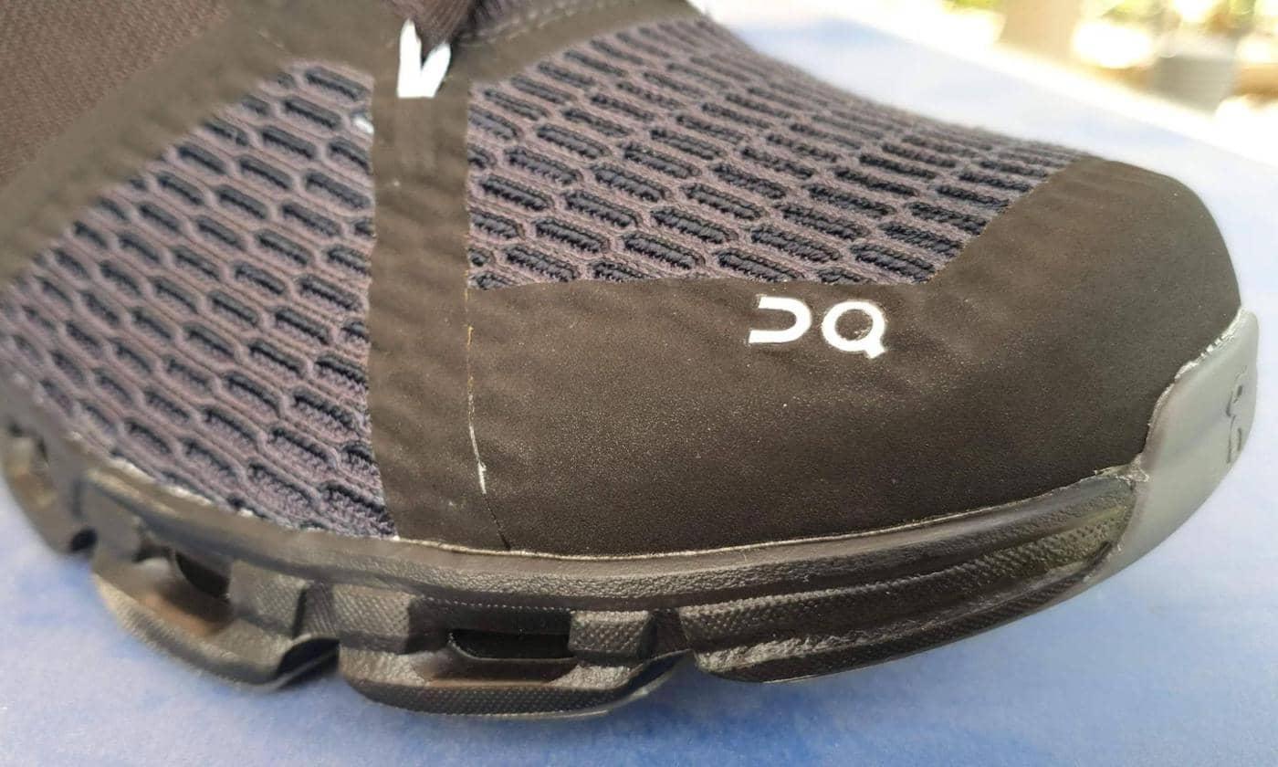 נעלי ריצה רחבות